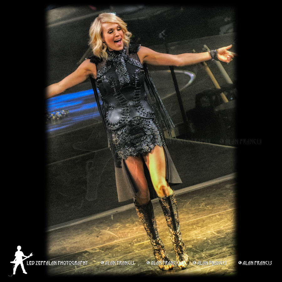 CarrieUnderwood-ReschCenter-GreenBay_WI-20160505-AlanFrancis-03