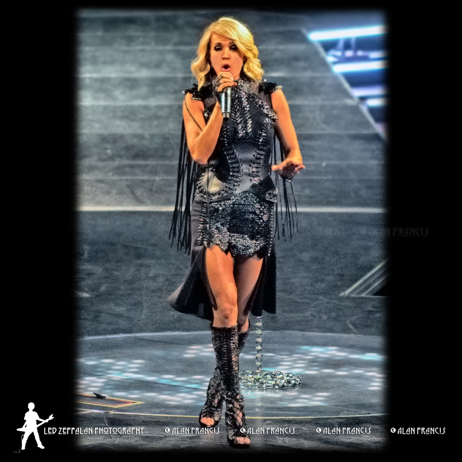 CarrieUnderwood-ReschCenter-GreenBay_WI-20160505-AlanFrancis-05