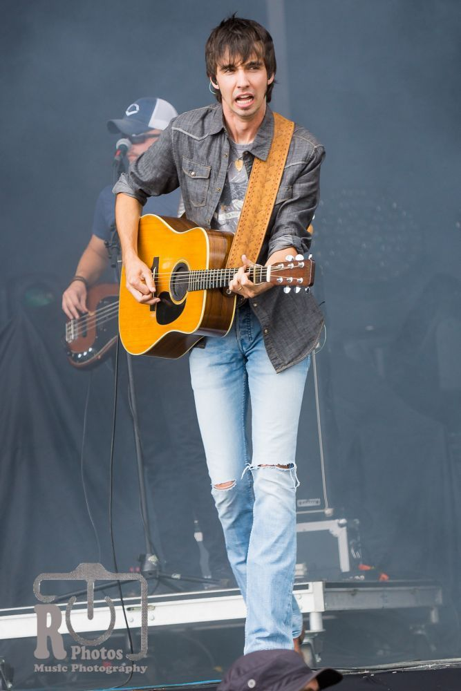 Faster Horses Festival (Mo Pitney) | Photo by John Reasoner