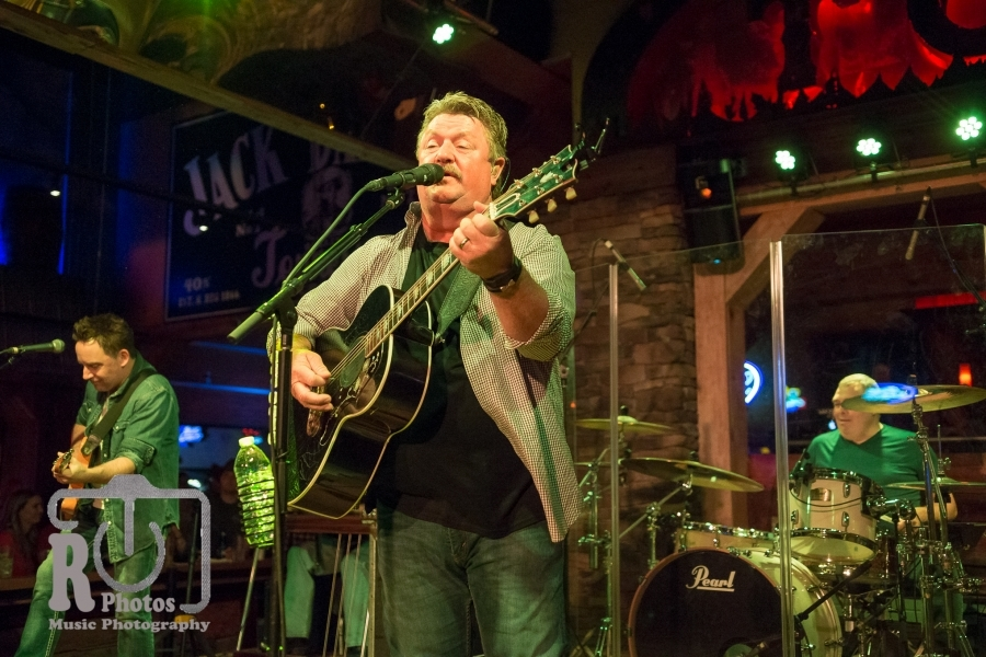 Joe Diffie @ Tequila Cowboy in Lansing, MI | Photo by John Reasoner