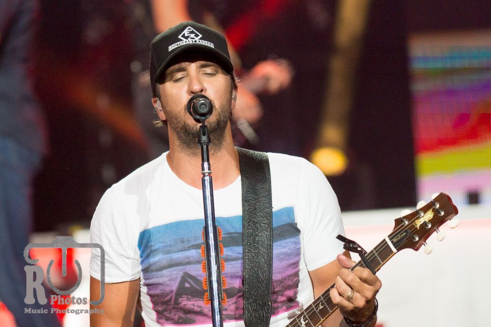 Luke Bryan at Klipsch Music Center in Nobleville, IN | Photo by John Reasoner
