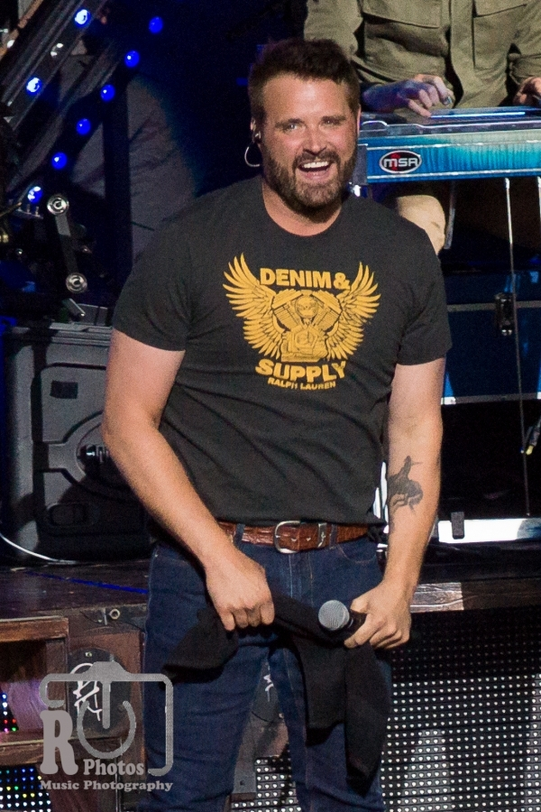 Randy Houser @ DTE Energy Music Theatre in Clarkston, MI | Photo by John Reasoner