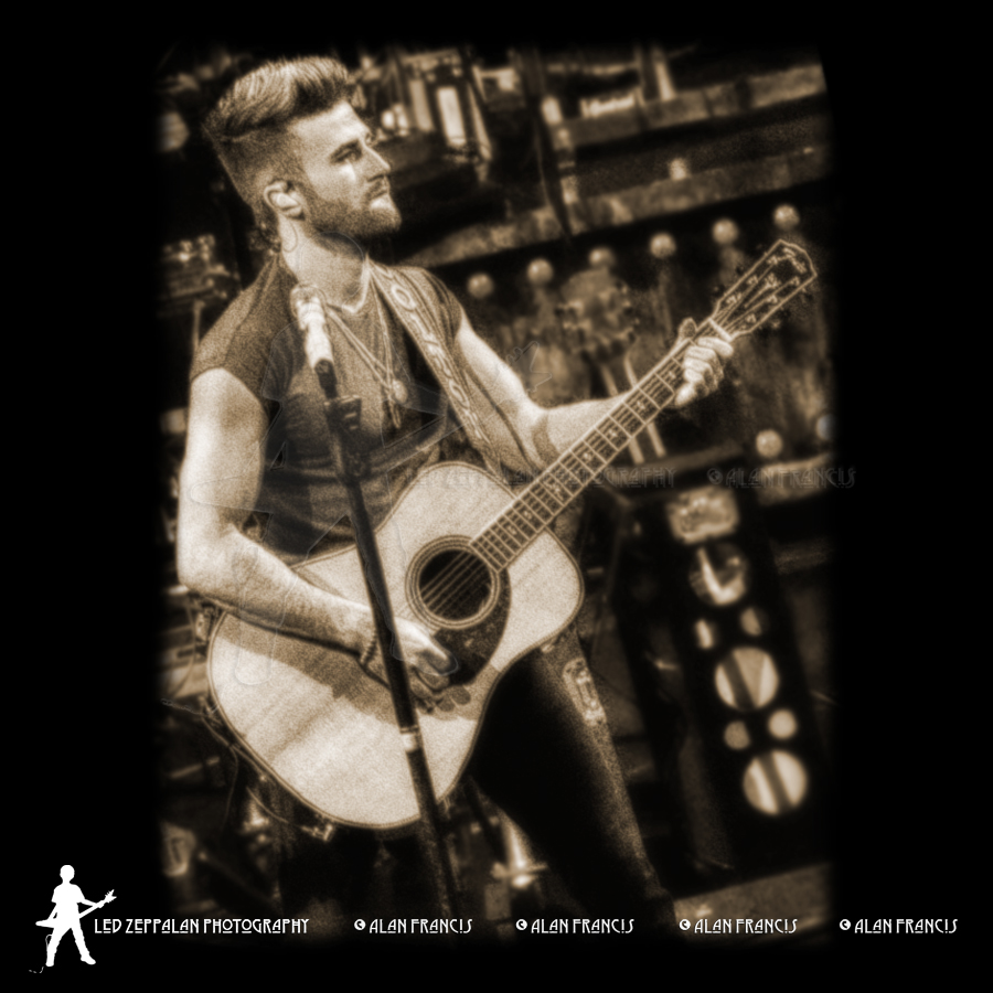 SwonBrothers-ReschCenter-GreenBay_WI-20160505-AlanFrancis-01