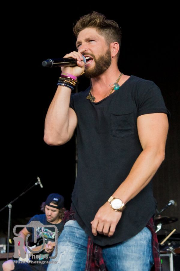 Chris Lane @ WYCD Hoedown | Photo by John Reasoner