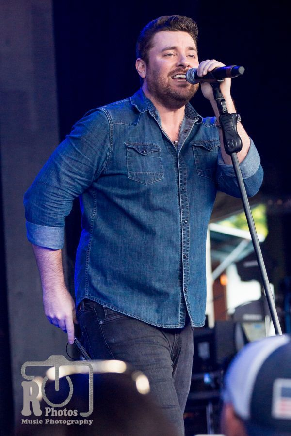 Chris Young @ WYCD Hoedown | Photo by John Reasoner