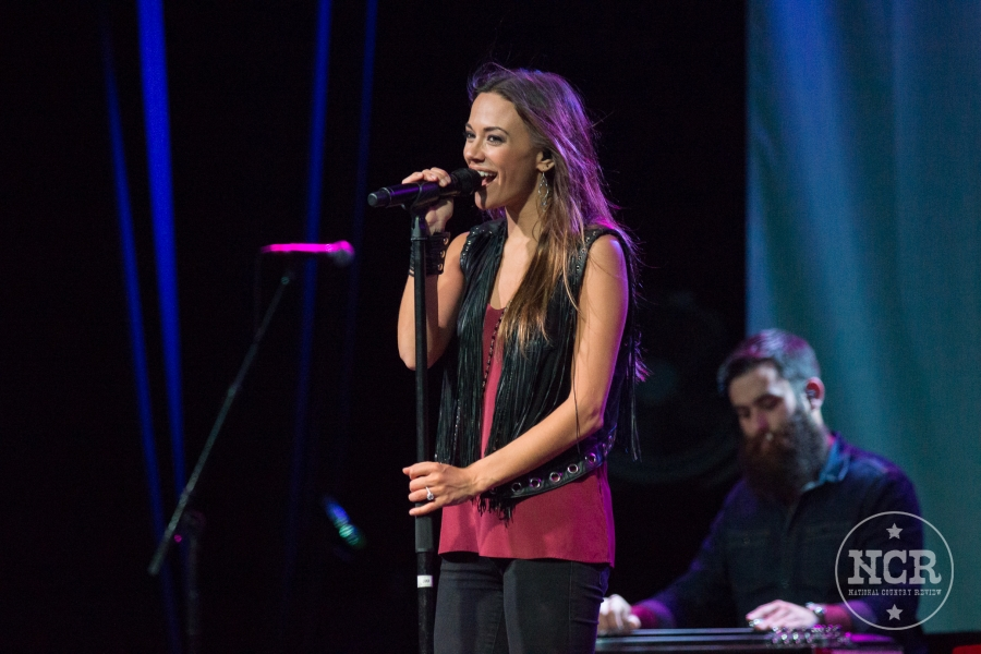 Jana Kramer @ Intersection in Grand Rapids, MI | Photo by John Reasoner