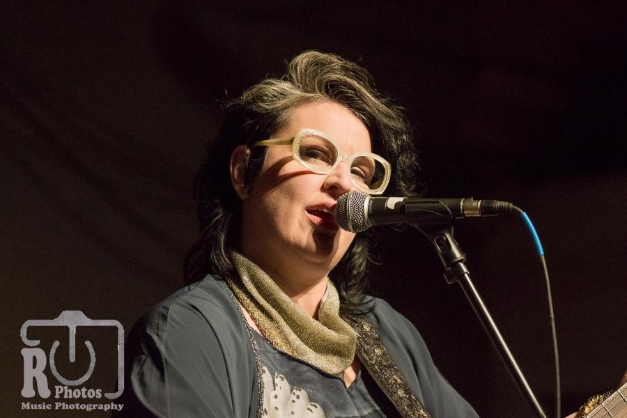 Sarah Potenza @ The Livery Benton Harbor, MI | Photo by John Reasoner