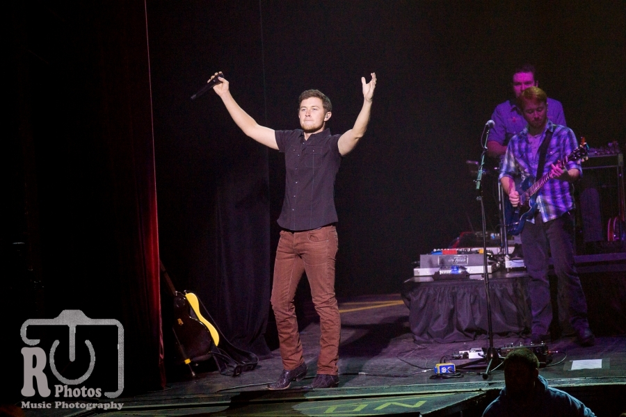 Scotty McCreery @ Kalamazoo State Theatre Kalamazoo, MI | Photo by John Reasoner