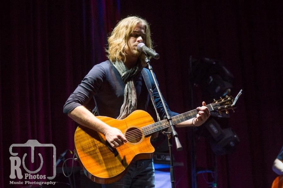 Bucky Covington @ Ionia Theatre Ionia, MI | Photo By John Reasoner