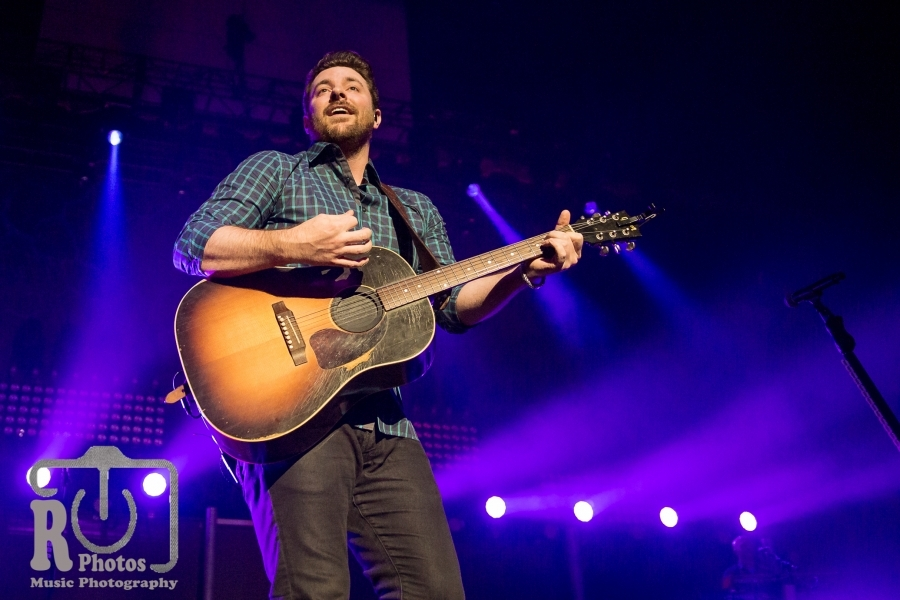 Chris Young @ Miller Auditorium in Kalamazoo, MI   Photo by John Reasoner