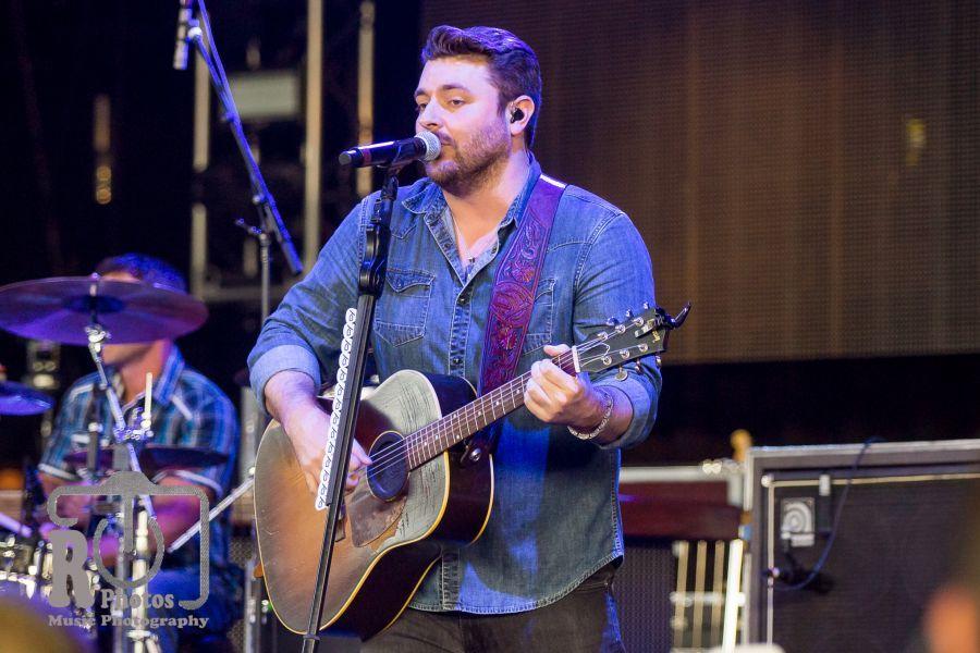 Chris Young @ WYCD Hoedown | Photo by John Reasoner