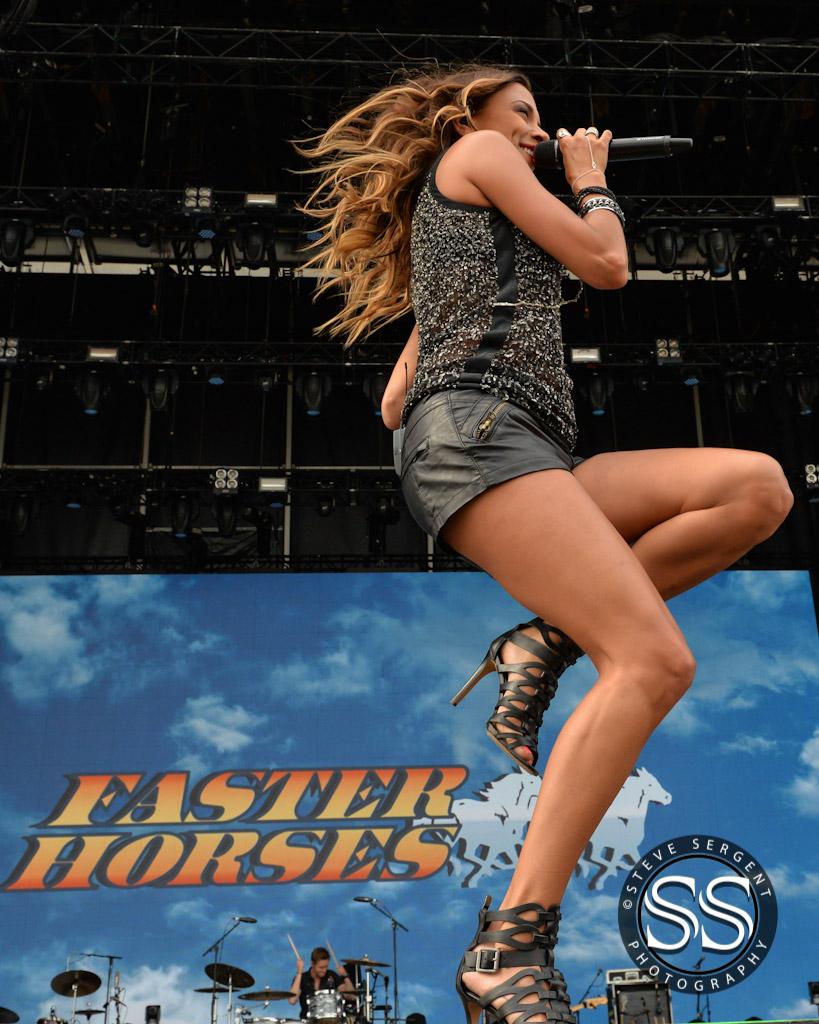 Jana Kramer @ Faster Horses Festival